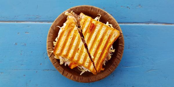 Sandwich Kompliment, Kommunikation per Post, Aufmerksamkeit mit Mehrwert